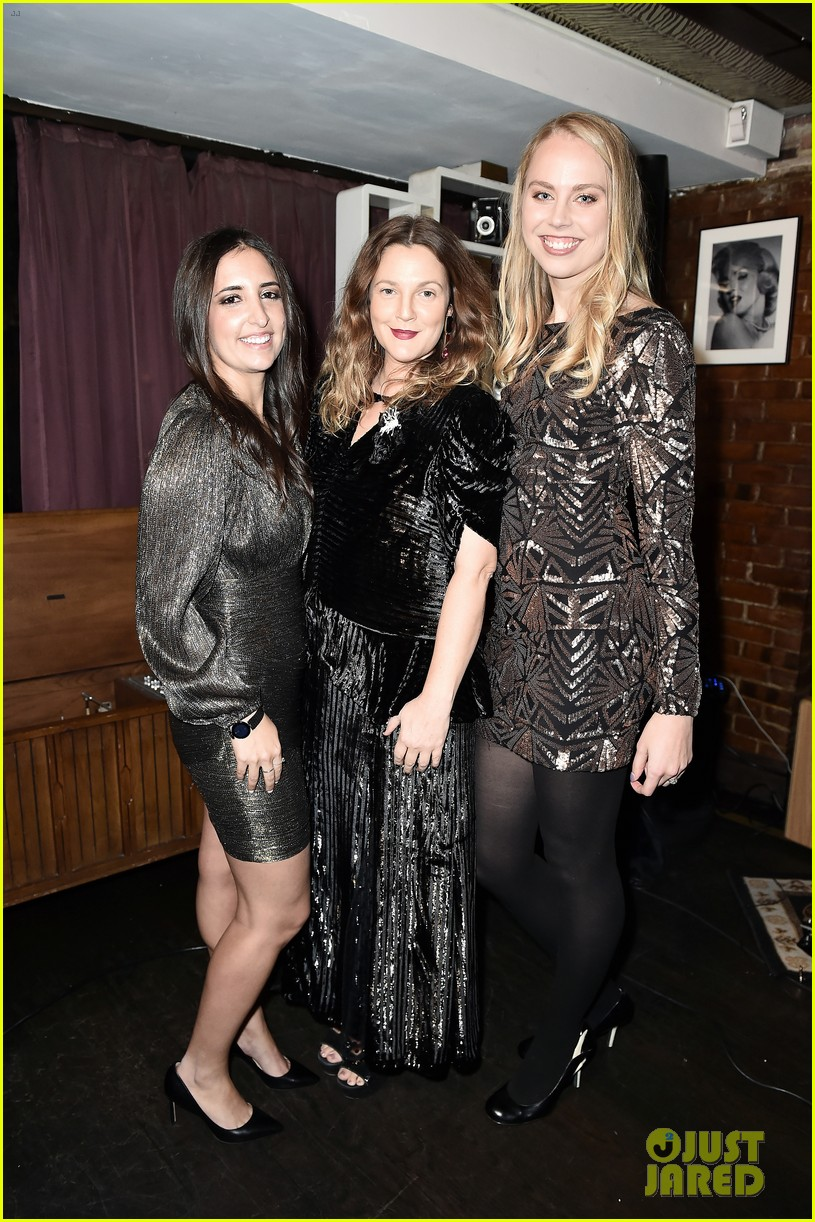 drew barrymore hosts nowaday soiree in nyc 034388625