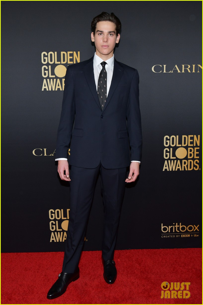 pierce brosnans sons dylan paris named golden globes ambassdors 2020 084388334