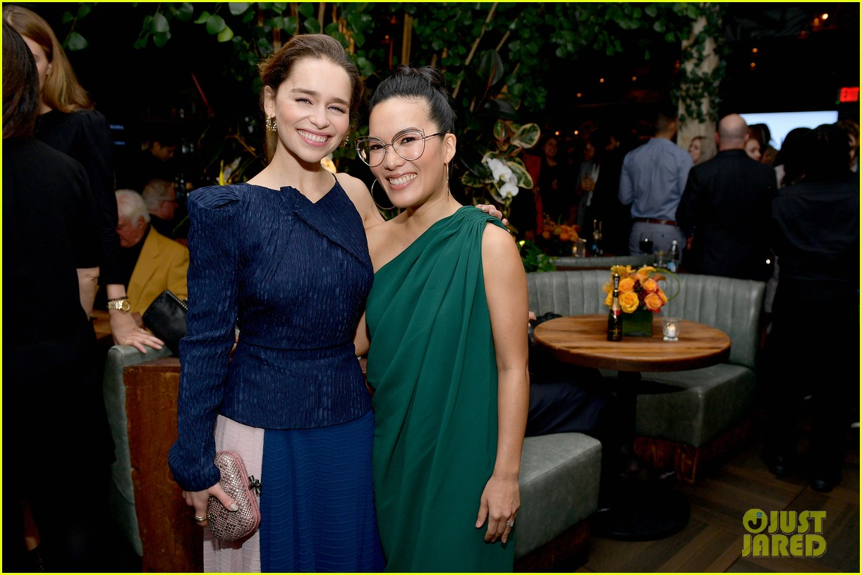 emilia clarke others at hfpa party 334388778