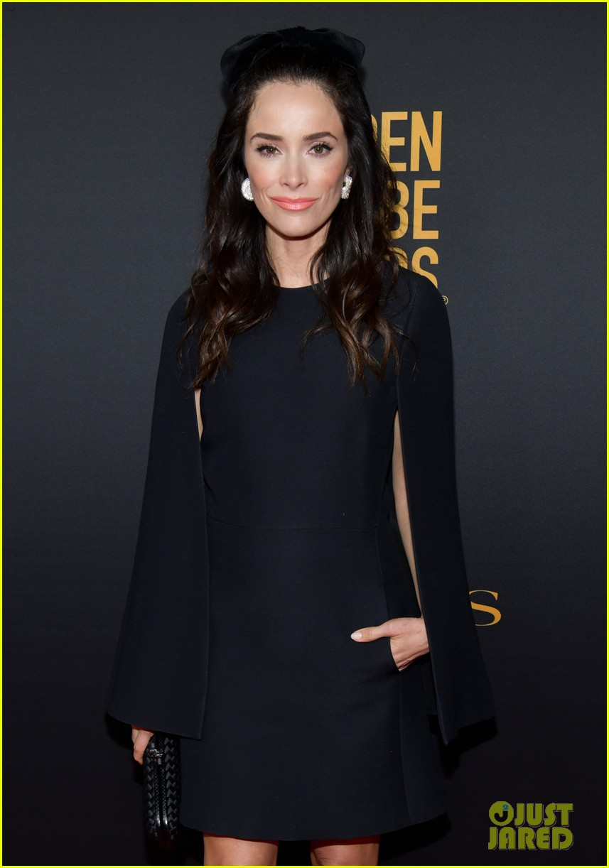 emilia clarke others at hfpa party 444388789