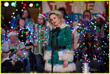 emilia clarke on last christmas spoilers 084385186