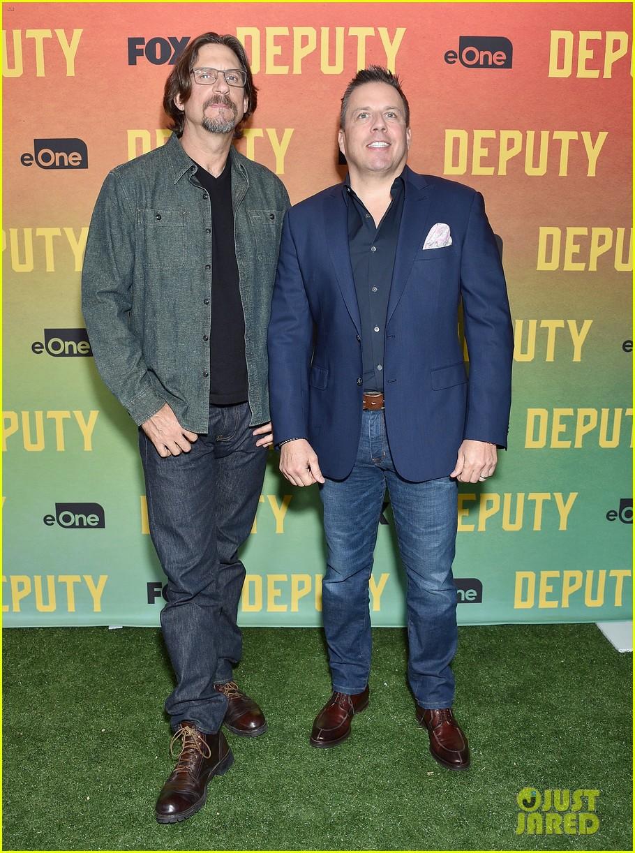 stephen dorff deputy cast celebrate advanced screening 084390413