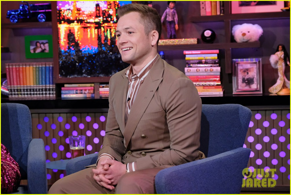 taron egerton reveals what he thinks of rami malek lip syncing in bohemian rhapsody 024388860