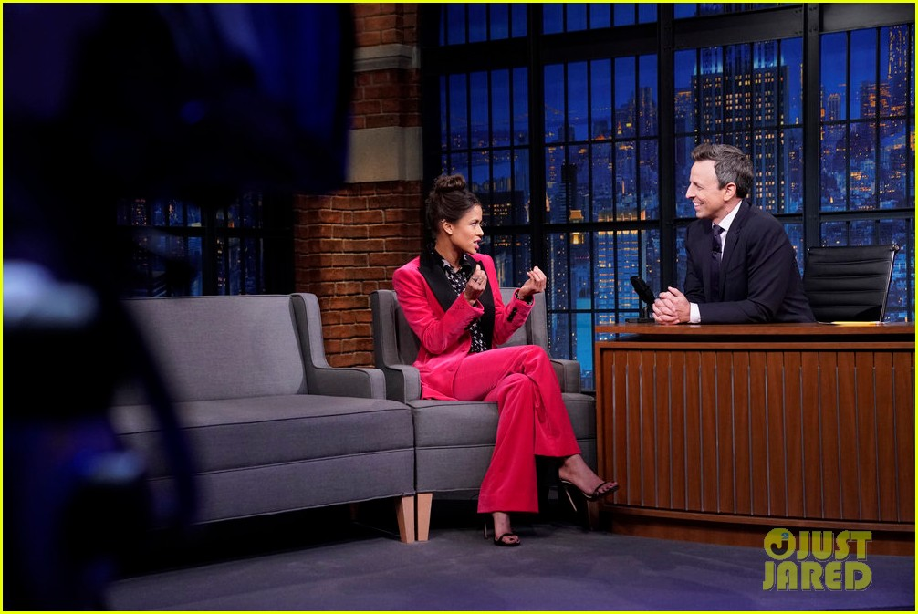 gugu mbatha raw reveals friends helped her learn american accent 034384864
