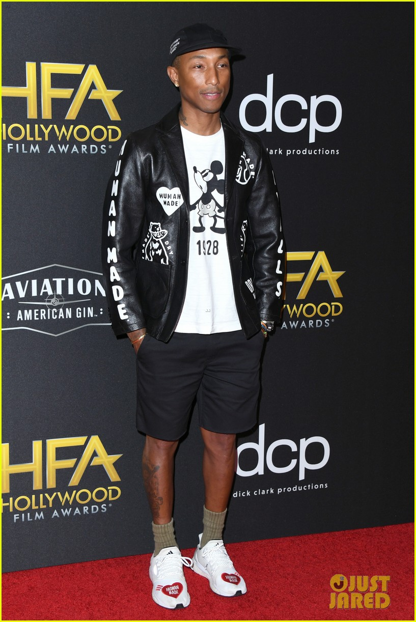 alicia keys honors pharrell williams letter to my godfather at hollywood film awards 2019 114381742
