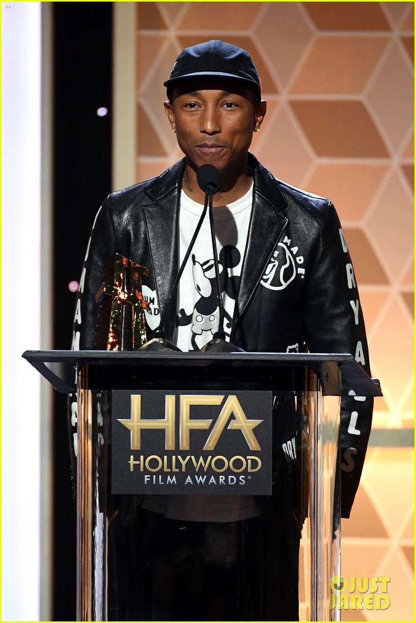 alicia keys honors pharrell williams letter to my godfather at hollywood film awards 2019 184381749