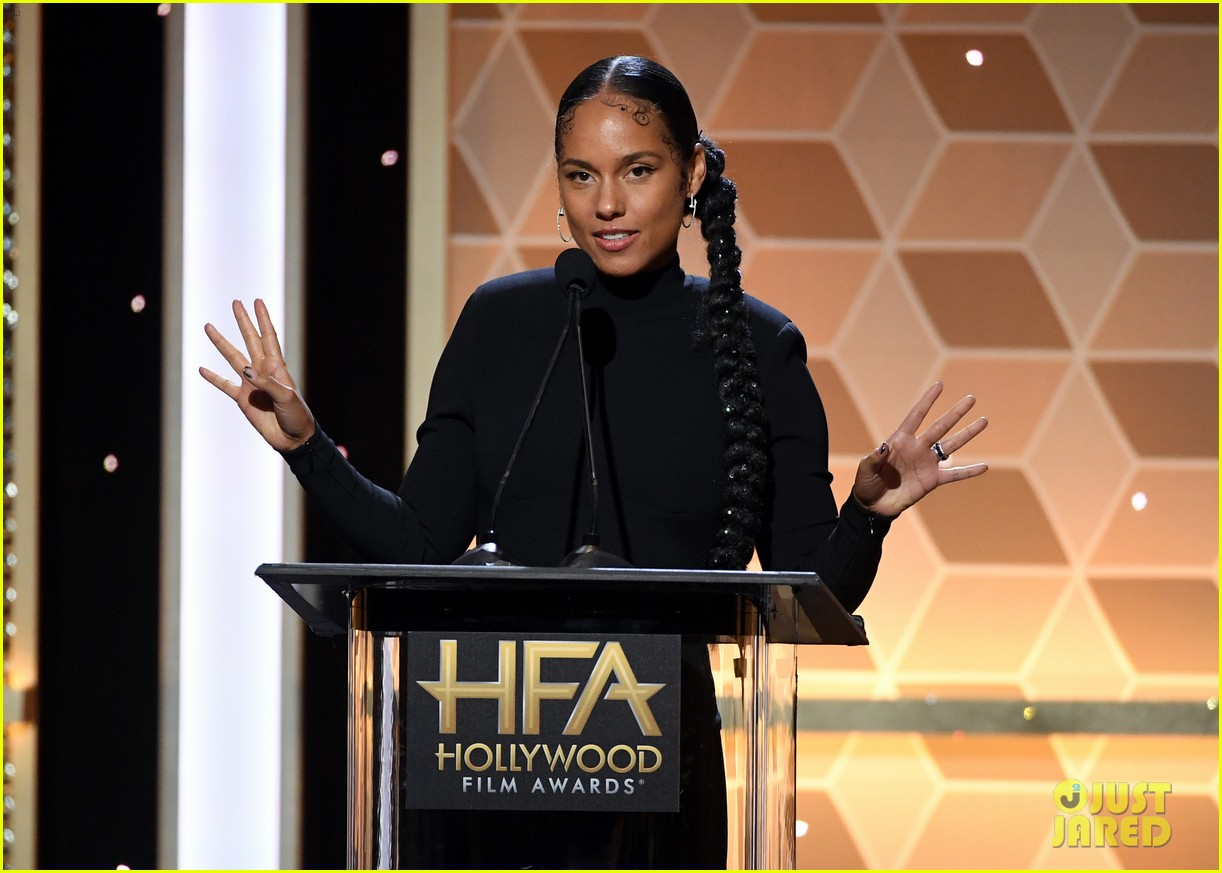 alicia keys honors pharrell williams letter to my godfather at hollywood film awards 2019 204381751