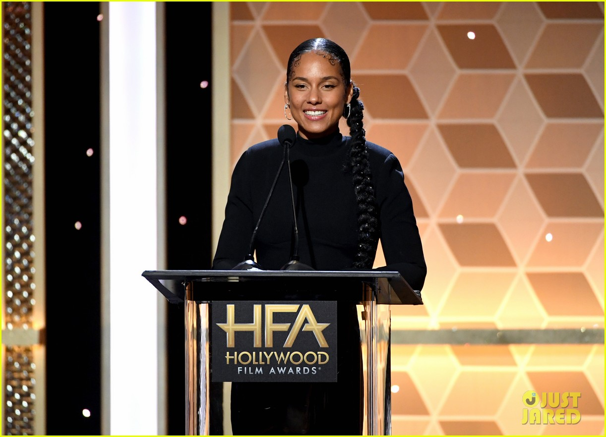 alicia keys honors pharrell williams letter to my godfather at hollywood film awards 2019 214381752