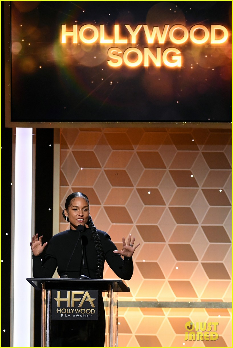 alicia keys honors pharrell williams letter to my godfather at hollywood film awards 2019 244381755