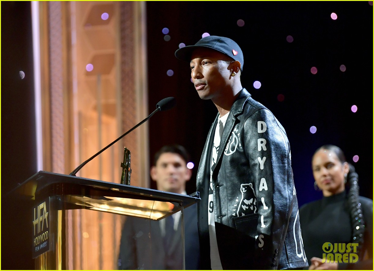 alicia keys honors pharrell williams letter to my godfather at hollywood film awards 2019 304381761