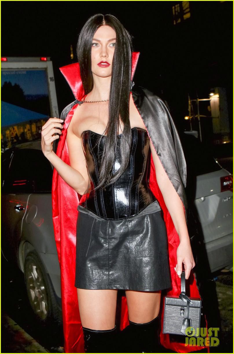karlie kloss martha hunt elsa hosk more models live it up at heidi klums halloween party 034380384