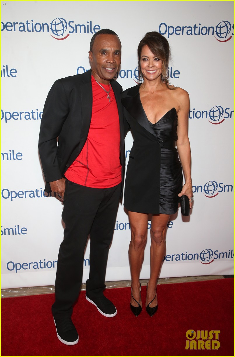 avril lavigne lends her support to operation smiles hollywood fight night 034383815