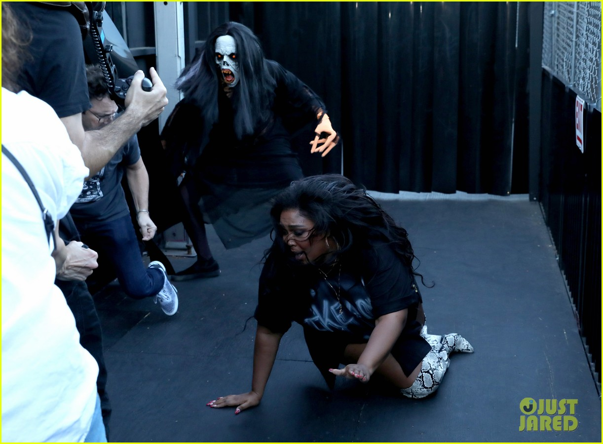 lizzo hits the ground with fear during haunted house tour ellen 044380156