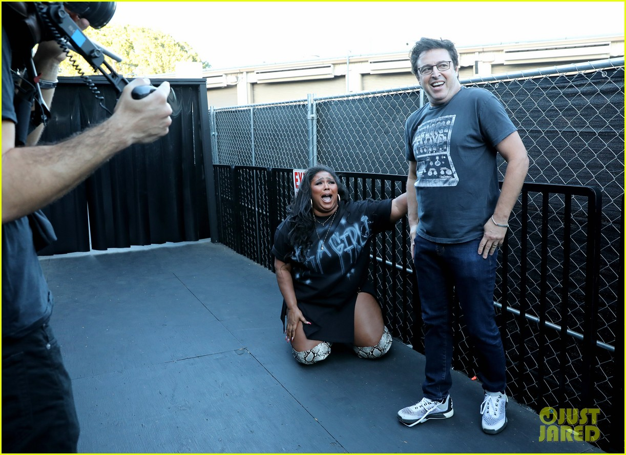 lizzo hits the ground with fear during haunted house tour ellen 054380157