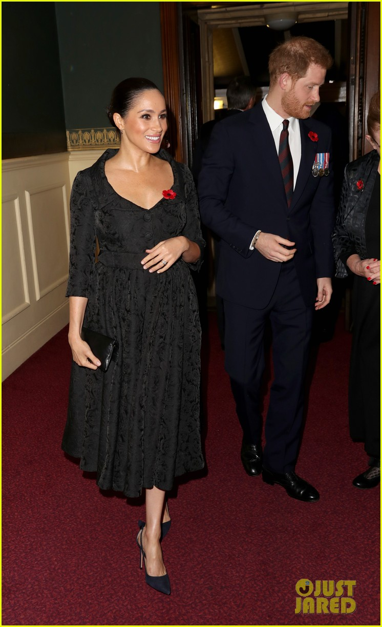 meghan markle kate middleton prince william prince harry at family event 064385270