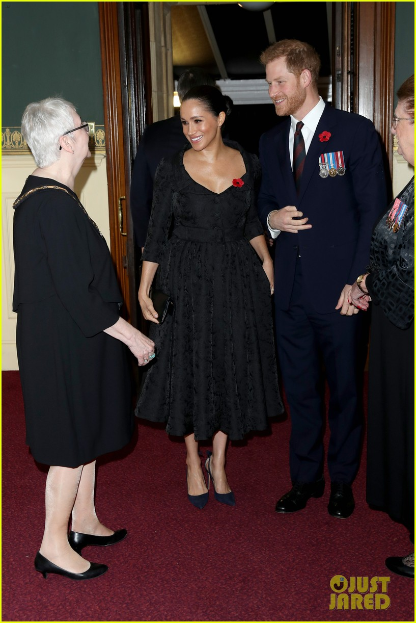 meghan markle kate middleton prince william prince harry at family event 114385275