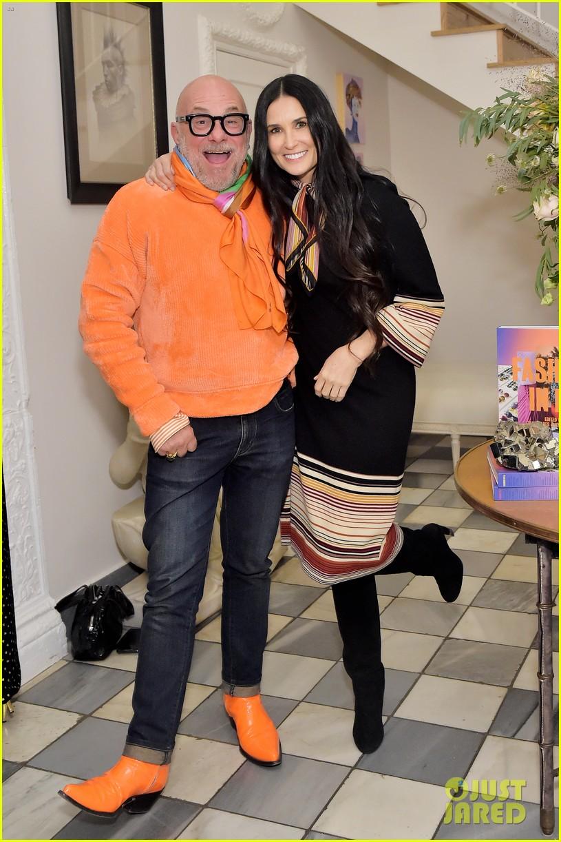 demi moore rashida jones celebrate fashion in la book launch 014383138