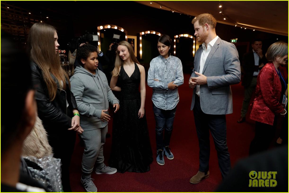 prince harry onside awards november 2019 134389628