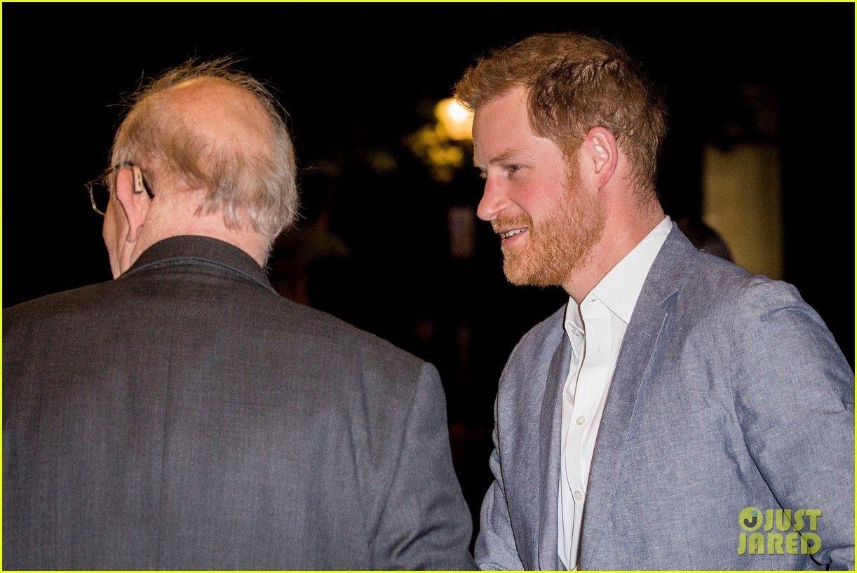 prince harry onside awards november 2019 244389639