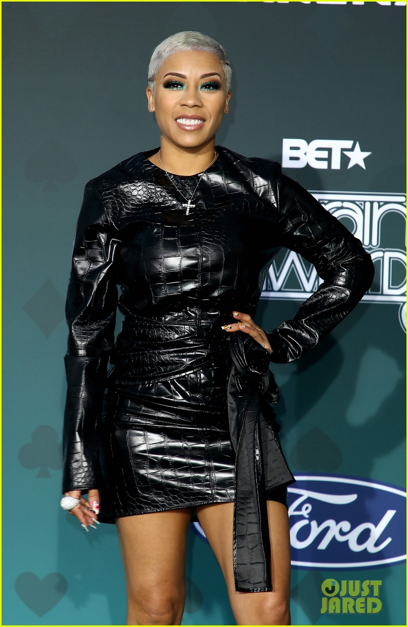 issa rae mj rodriguez h e r more step out in style for soul train awards 054389981