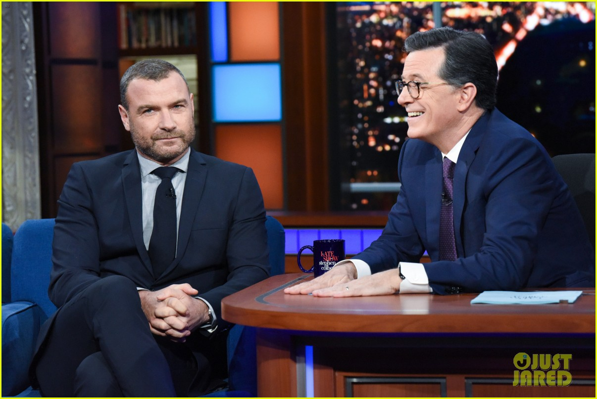 liev schreiber had to apologize to his kids for bringing ray donovan home 034387515
