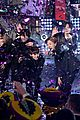 bts rockin eve performance pics 01