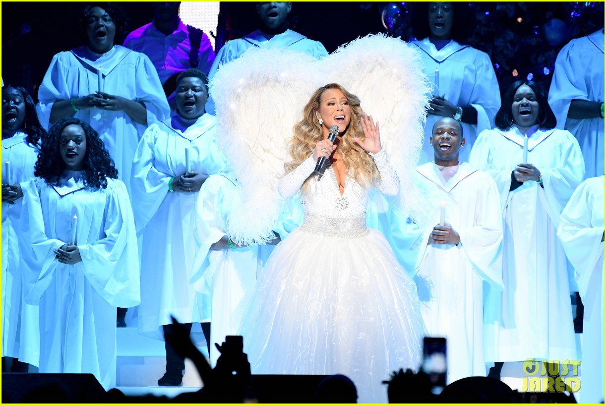 Mariah Carey Teases New Music Video for 'All I Want for ...