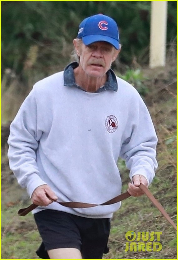 felicity huffman william h macy couple up morning hike 024399869