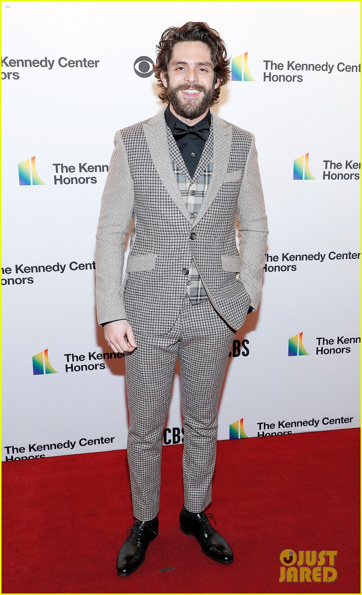 jonas brothers carrie underwood kennedy center honors 024400287