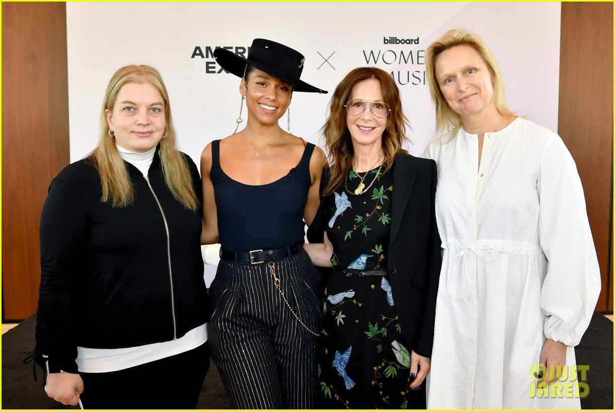 alicia keys wants hiring women to become the standard 204402175
