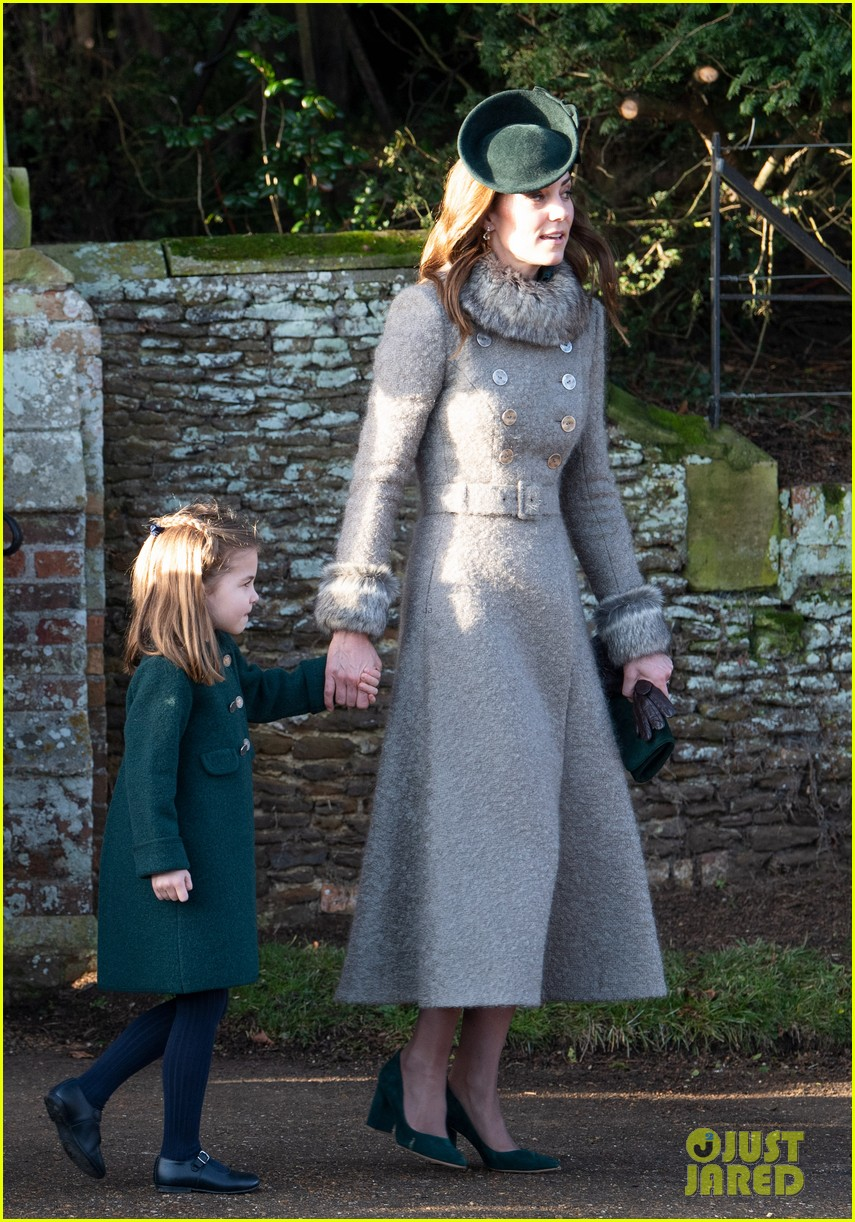 Kate Middleton & Prince William Bring the Kids to Christmas Day Service with The Queen!: Photo ...