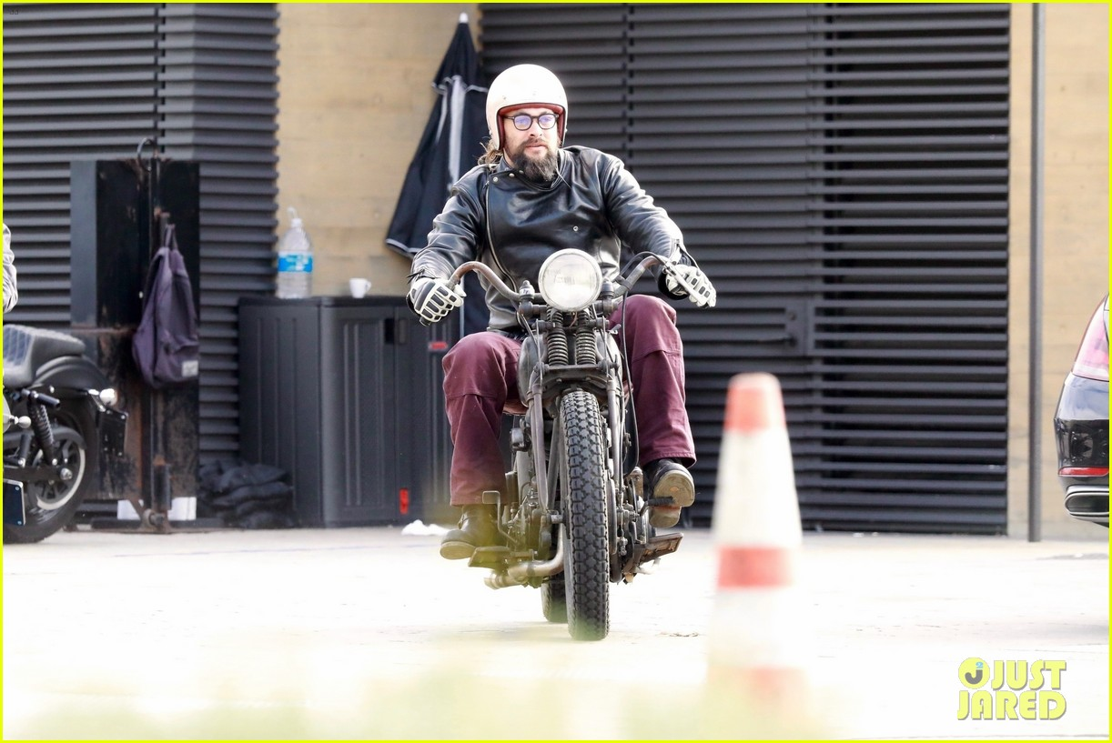 Motorcycle Rides Christmas Day 2020 Jason Momoa Rides His Motorcycle on Christmas Day: Photo 4406753