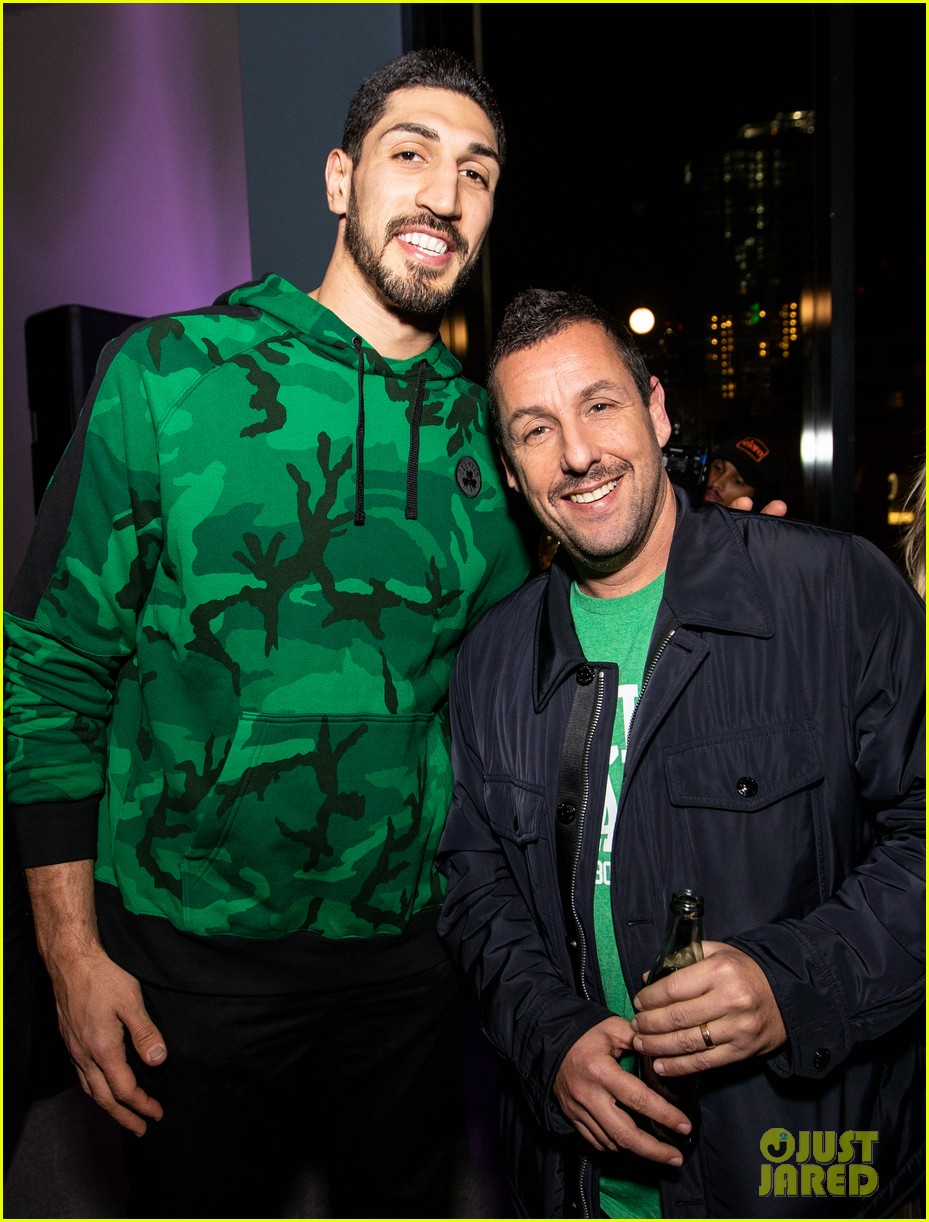 adam sandler premieres uncut gems in boston 044400309