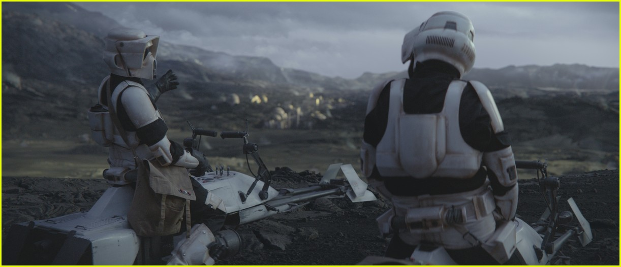 jason sudeikis in the mandalorian 01.4406944