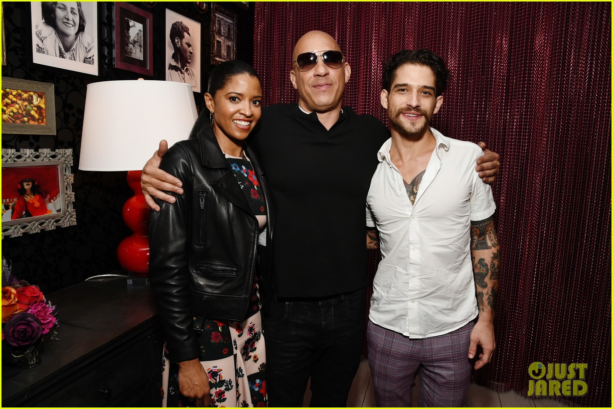 vin diesel supports daughter similce fast furious spy racers premiere 014399873