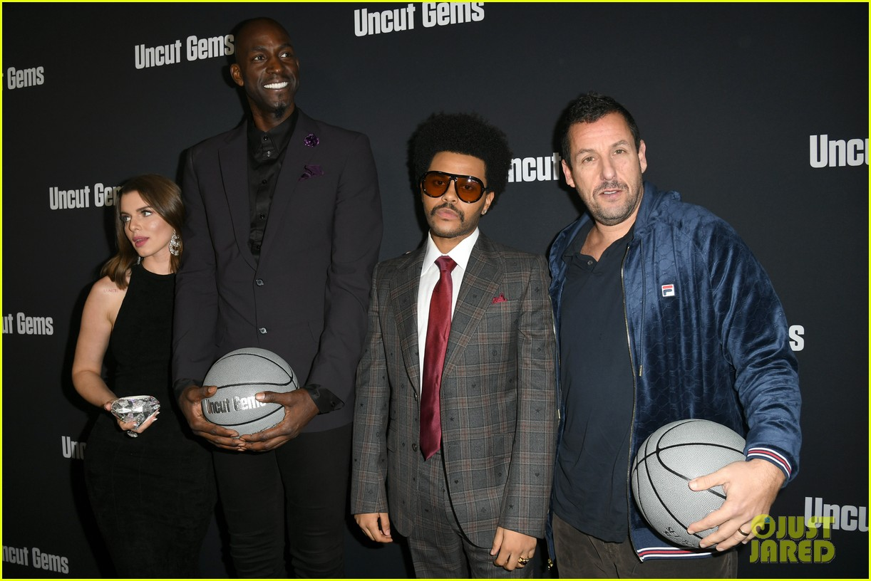 the weeknd uncut gems cast get support from travis scott at hollywood premiere 054401753
