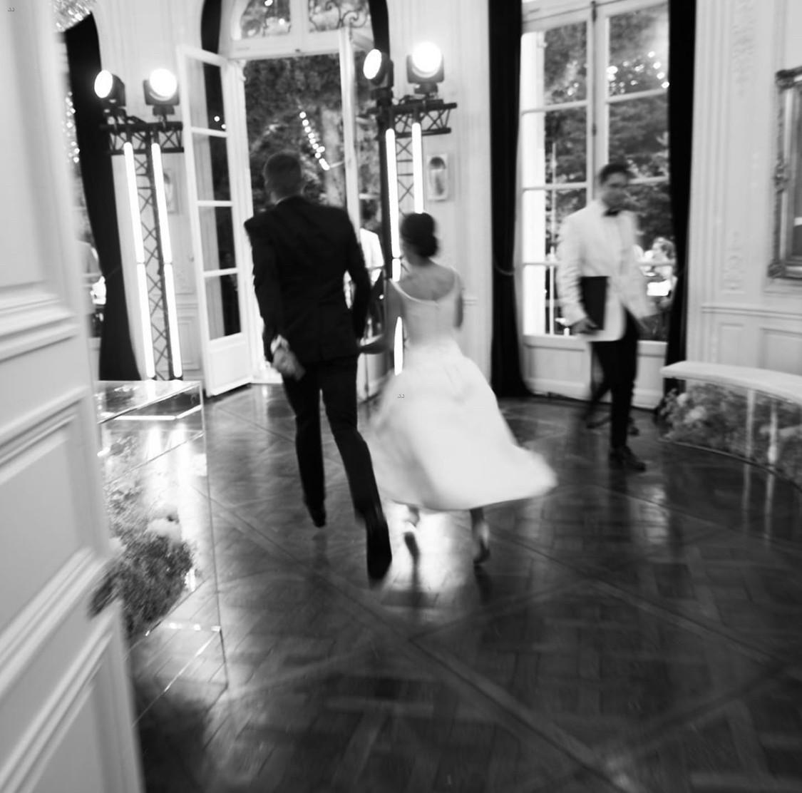Zoe Kravitz Vs Amber Heard: Zoe Kravitz Shares Photos From Her Paris Wedding To Karl