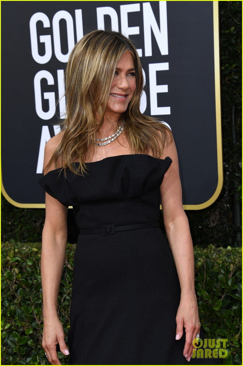 jennifer aniston golden globes 2020 014410024