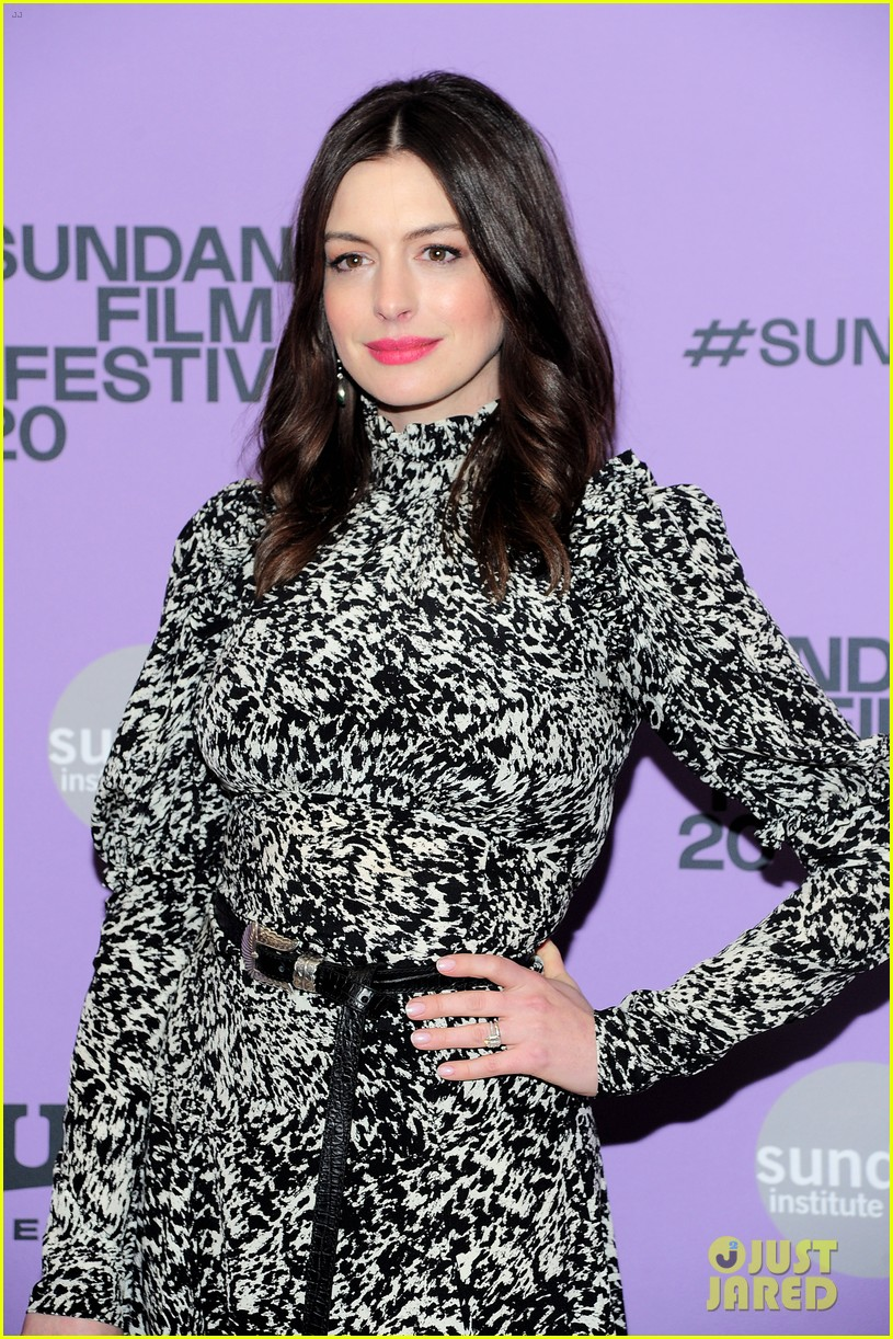 anne hathaway last thing wanted sundance premiere 024425296