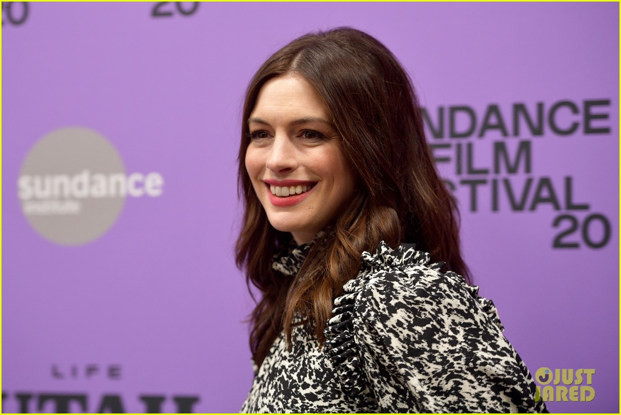 anne hathaway last thing wanted sundance premiere 044425298