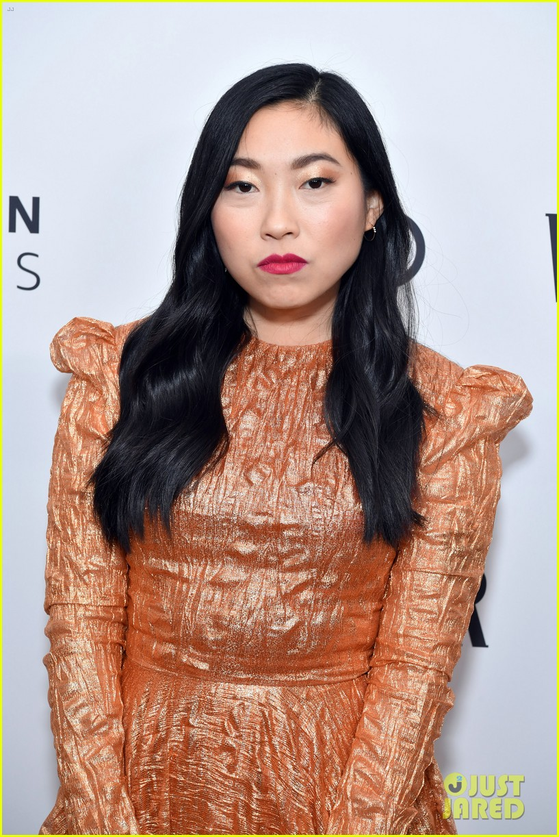 Awkwafina Jon Hamm More Attend Vanity Fair Audi Amazon Studios Pre Golden Globes Party Photo 4409560 2020 Golden Globes Weekend Alfre Woodard Awkwafina Billy Eichner Caitlyn Jenner Caroline Aaron Evan