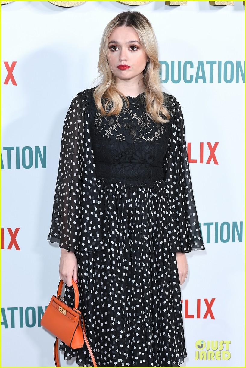 asa butterfield gillian anderson sex education cast celebrate season 2 premiere 434412594