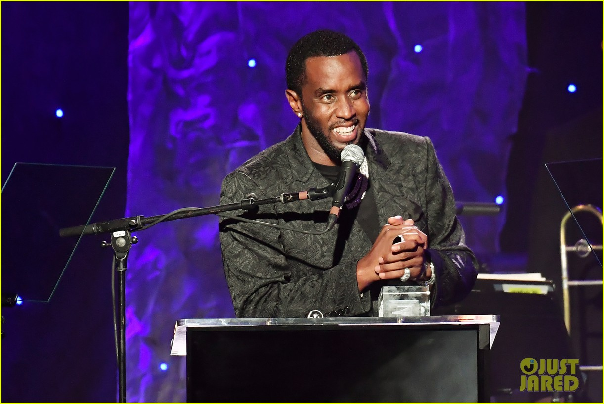 diddy joined by all six kids pre grammys gala 014422374