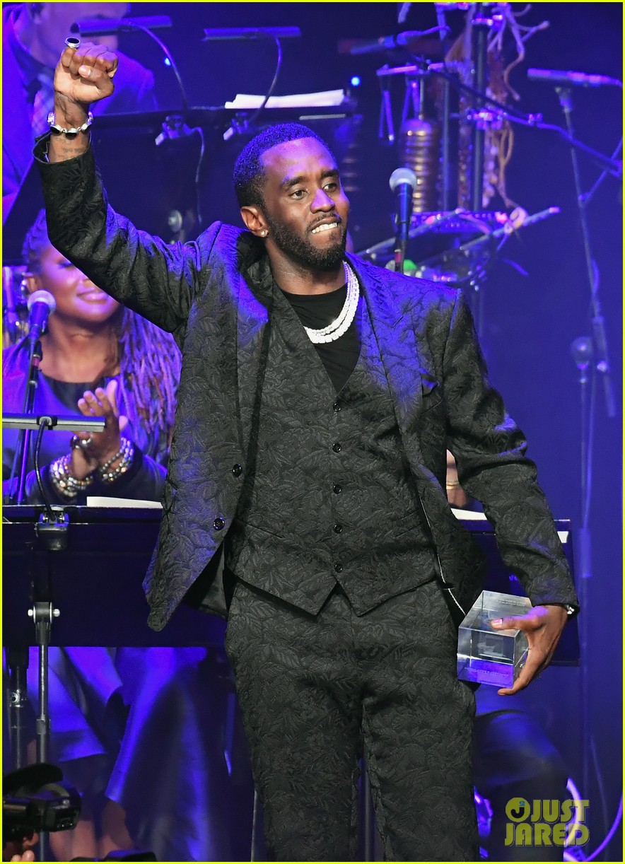 diddy joined by all six kids pre grammys gala 084422381
