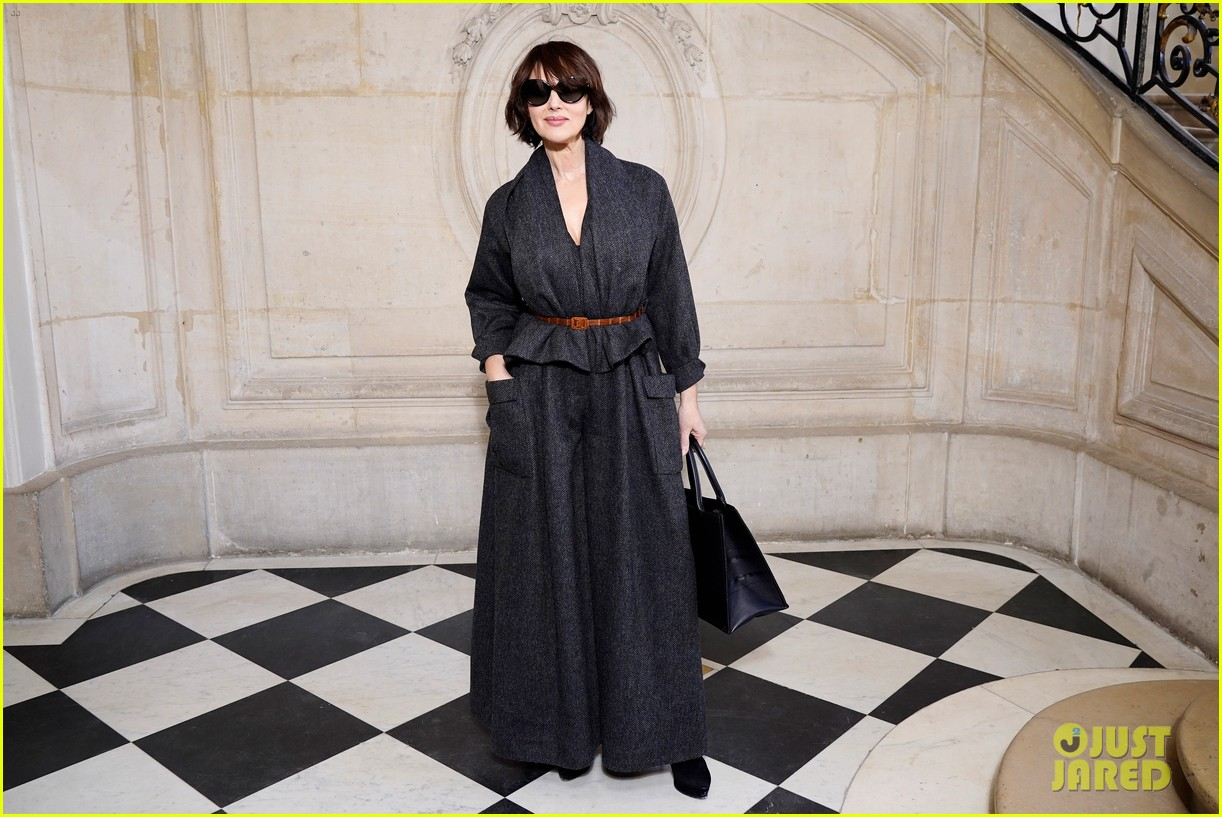 dior paris fashion show 104419547