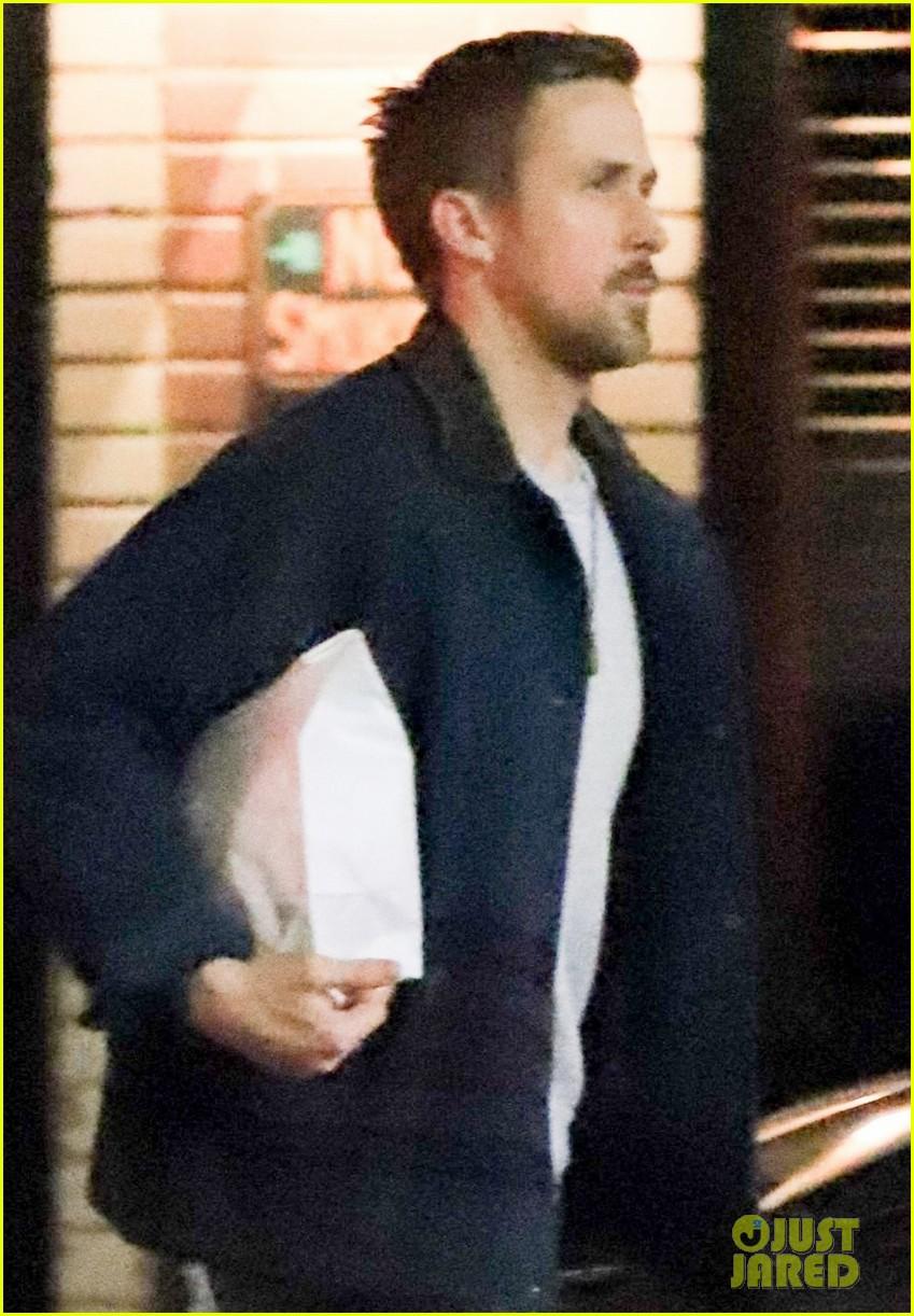 Ryan Gosling Picks Up Dinner to Go in Los Feliz: Photo ...