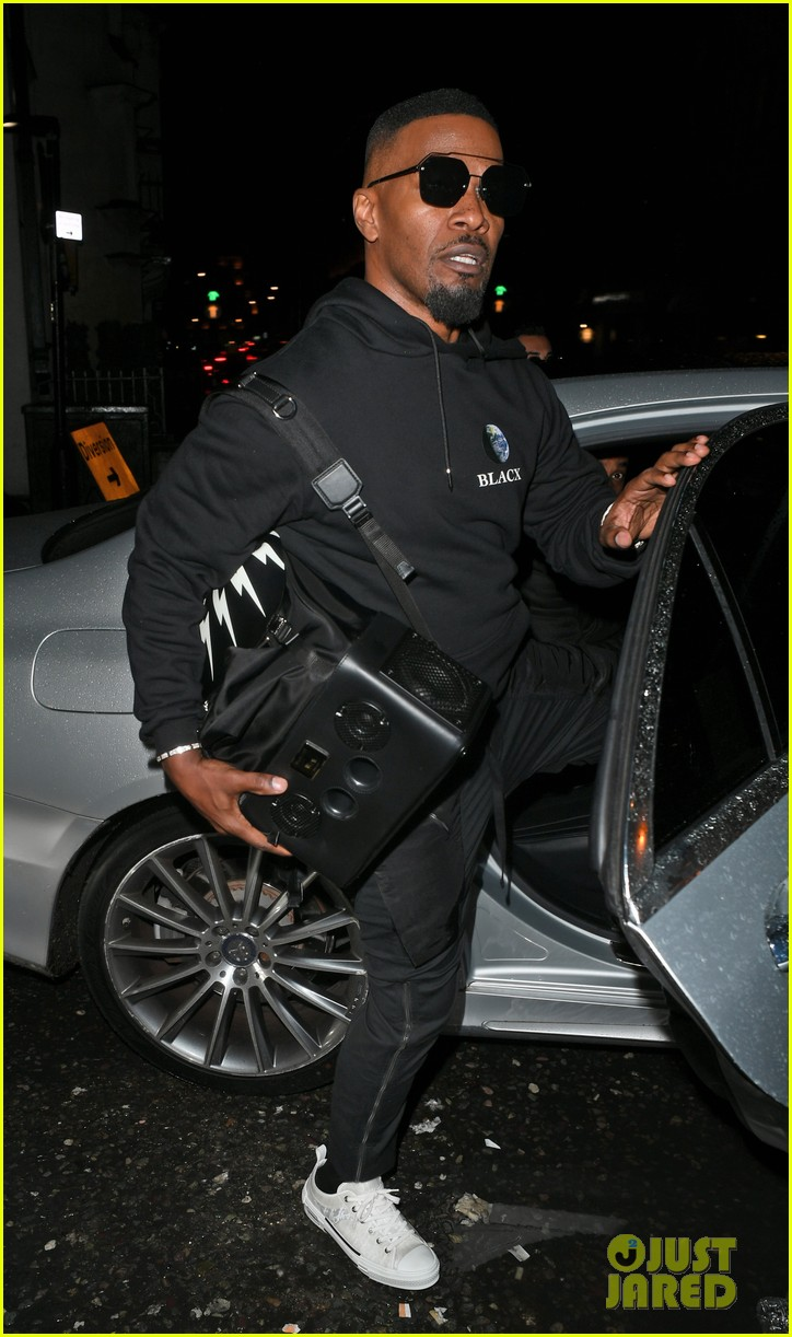 michael b jordan jamie foxx grab dinner together in london 014415975