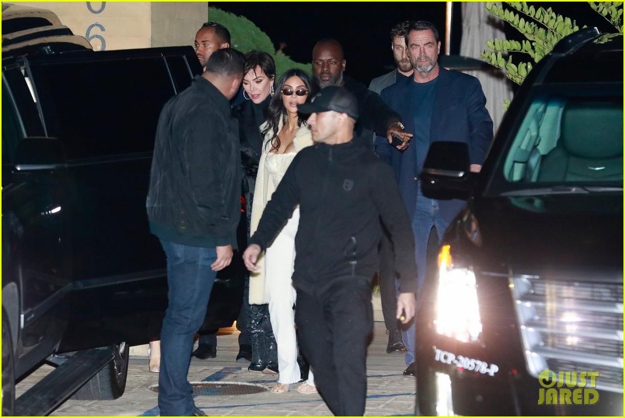 kardashian jenner family dinner at nobu 114413456