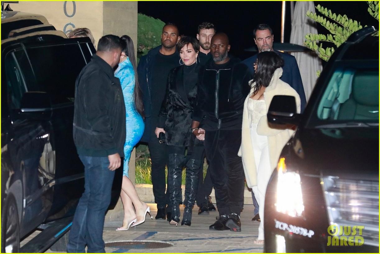 kardashian jenner family dinner at nobu 144413459