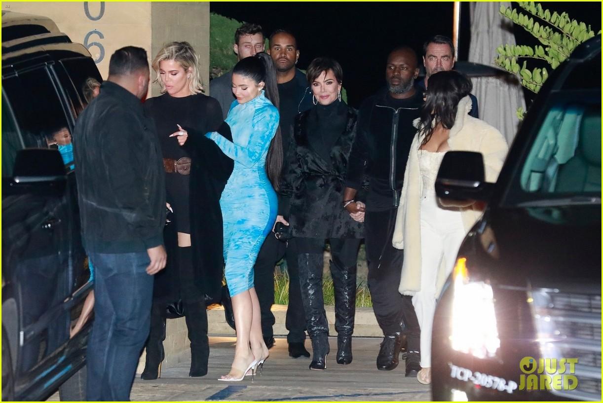 kardashian jenner family dinner at nobu 164413461